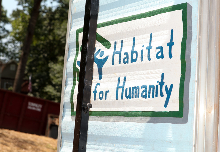Where to Donate Books: Habitat